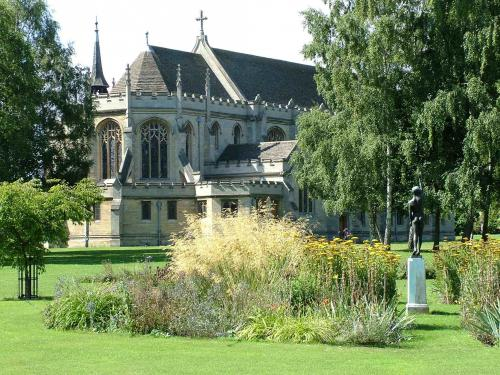 Oundle College<br>Chapel Gardens