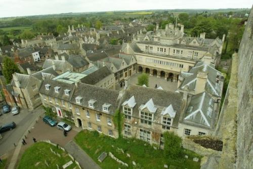 Oundle Boarding School<br>College