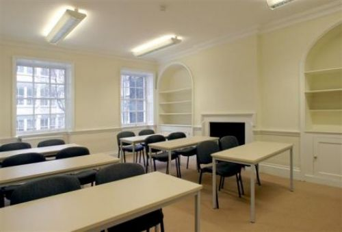 Bloomsbury International<br>Aula